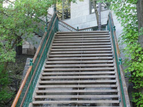 Steps-wooden